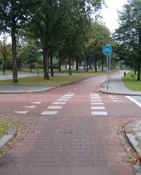 Road which gives way to cycle path