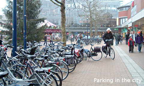 Cycle parking in the city
