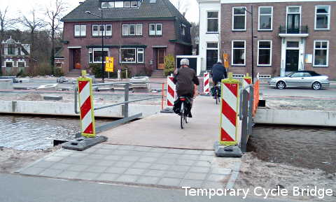 Temporary bridge to avoid inconvenience to cyclists